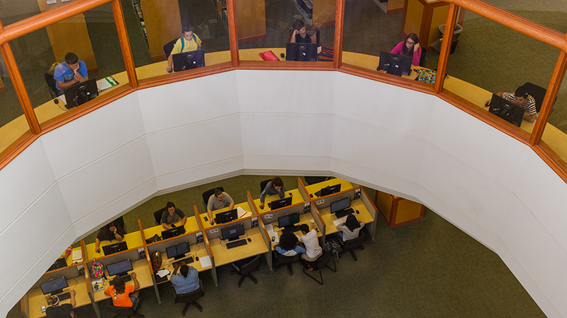 Ross Pendergraft Library and Technology Center Interior