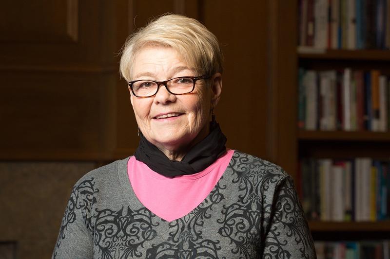 Dr. Christina Standerfer