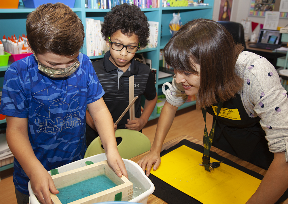 Jade Hoyer and Sequoyah Elementary Students 10-8-2021